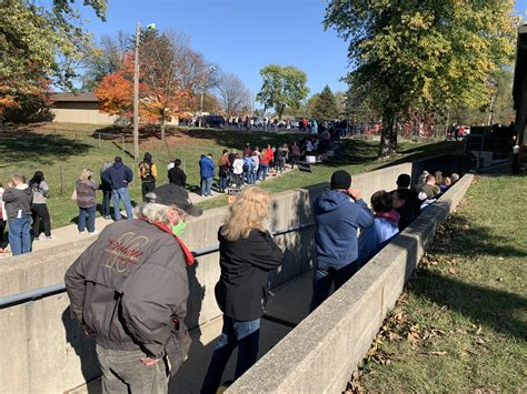 Marion County voters wait hours to cast ballots on day