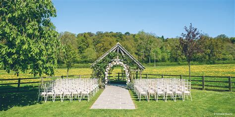 Hyde Barn - Ribbon Rates | Country House Wedding Venues