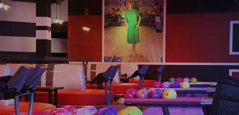 Bowling Alley & Party Venue in Lone Tree   Bowlero